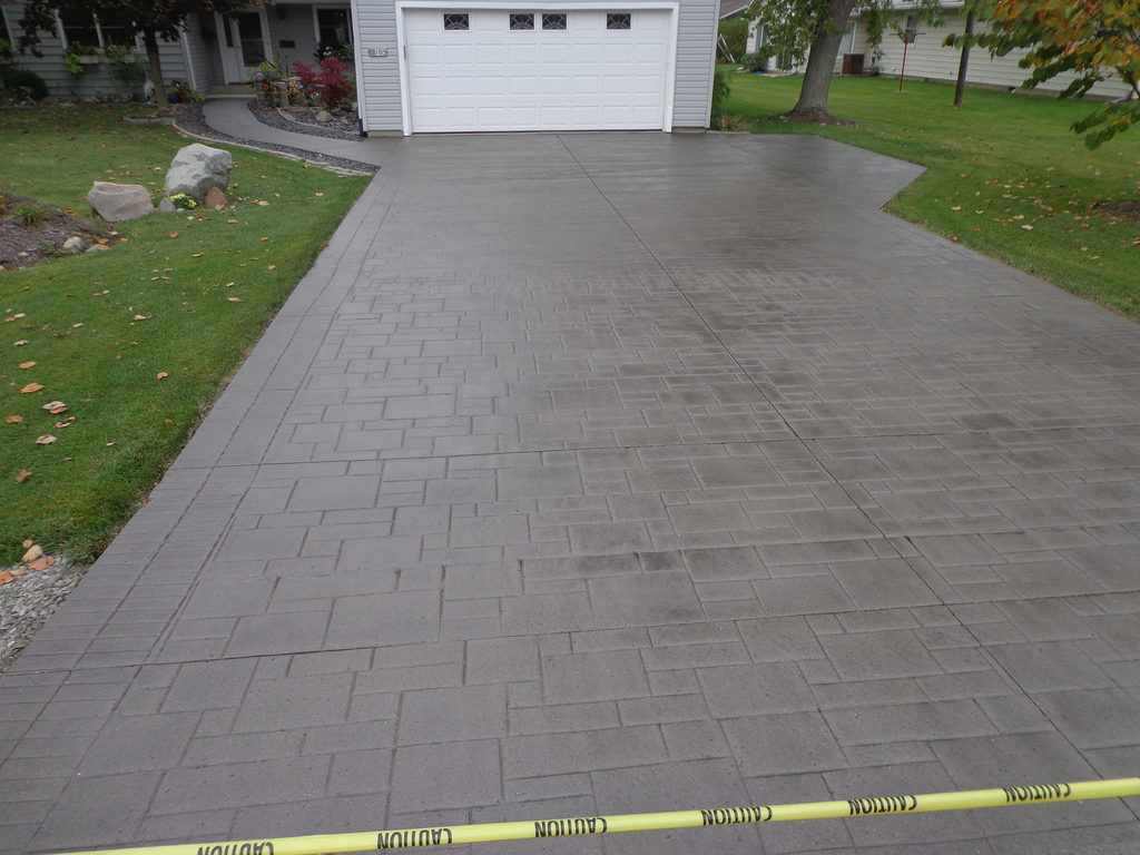 Orlando Custom Concrete Pros, Polished concrete, Stained concrete, Epoxy Floor, Sealed concrete, Stamped concrete, Concrete overlay-6-We offer custom concrete solutions including Polished concrete, Stained concrete, Epoxy Floor, Sealed concrete, Stamped concrete, Concrete overlay, Concrete countertops, Concrete summer kitchens, Driveway repairs, Concrete pool water falls, and more.